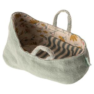 Maileg - 11-9403-01 - Carry cot, My - Dusty green - Taille 6 cm - à partir de 36 mois (414420)
