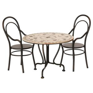 Maileg - 11-0114-00 - Set table à manger avec deux chaises - Hauteur, taille : H : 8 cm - L : 12 cm  (455108)