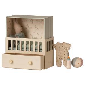 Maileg - 16-1021-01 - Bébé lapin dans sa chambre bébé - Micro rabbit, taille : H : 15 cm - L : 17 cm - l : 8 cm (460920)